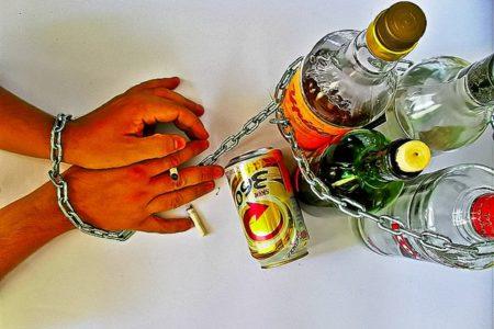 Biografia di Larisa Guzeeva e alcolismo - Alcolismo a segni di zodiaco